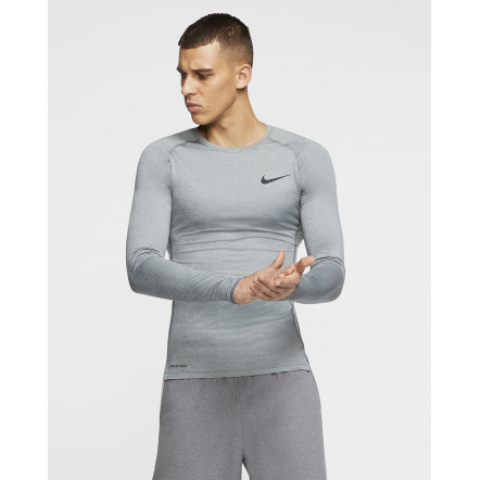 Шапка Nike Cuffed Futura