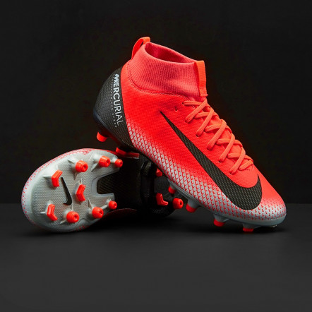 Бутси Nike Kids Superfly VI Academy CR7 FG/MG AJ3111-600